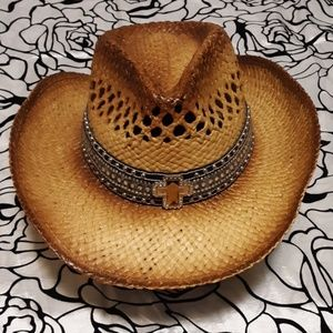 Accessories - NWOT Cross Ranch Cowgirl Straw Hat